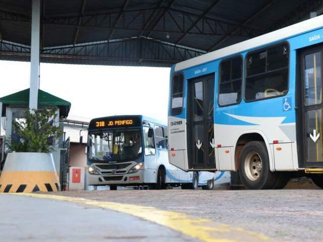 Hoje, transporte coletivo é isento de contribuir com ISSQN em Campo Grande (Foto: Henrique Kawaminami/Arquivo)