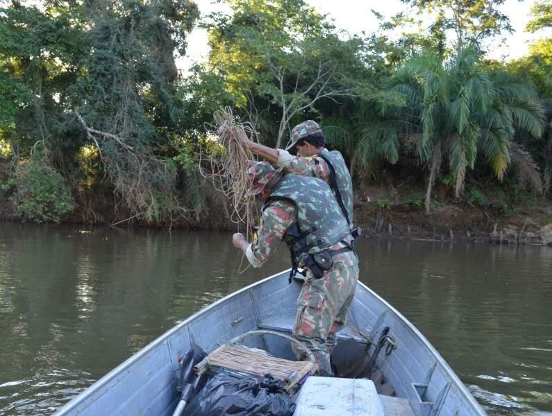 Segurança é reforçada no rio Paraguai. (Foto: PMA)