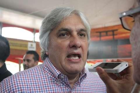 """""""Quem não deve, não teme"""", diz Delcídio sobre nova falta de Bernal a depoimento"""