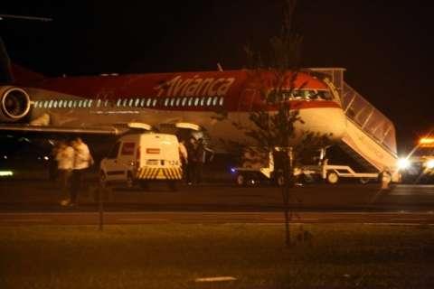 Problemas em avião da Avianca desespera passageiros pela 2ª vez