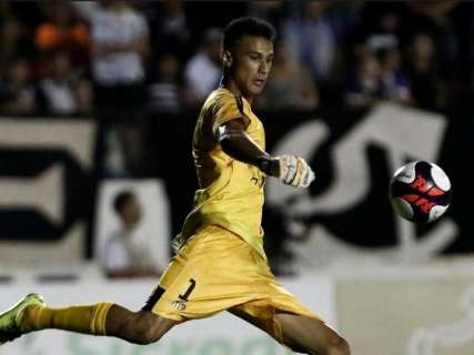 Destaque na Copa, goleiro do Operário se espelha em jogador de seleção inglesa