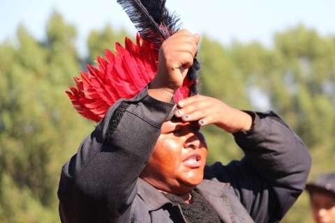 Lágrimas, revolta e mortes marcam a luta dos guarani-kaiowá pela terra