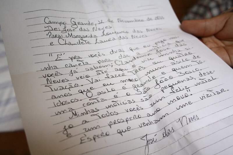 A carta tem a data do dia 12 de novembro de 2013, endereçada a Margarida Lourenço das Neves e Claudete Laura das Neves, respectivamente ex-mulher e filha do 'seo' José.
