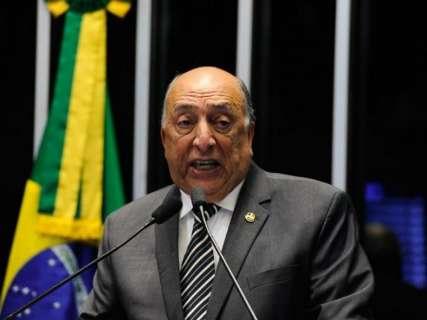 Em breve discurso, senador Pedro Chaves reitera voto pelo impeachment