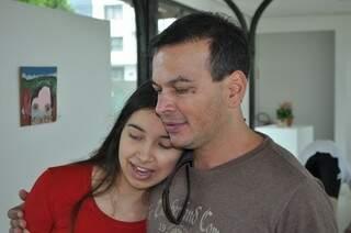 Pai e filha, Gabriela convenceu Paulo a experimentar o yoga