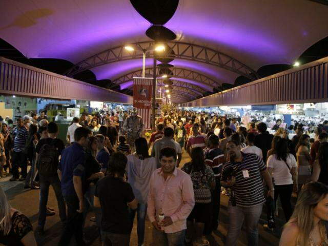 Para festejar 88 anos, Feira Central terá Geraldo Espíndola e coral de 100 vozes