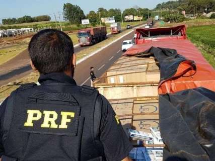 """Justiça mantém preso PM acusado de ser """"funcionário"""" de contrabandista"""