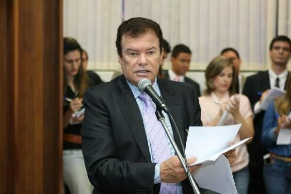 Maurício Picarelli apresentou projeto para ampliar grupo que recebe isenção de IPVA (Foto: Divulgação/ALMS)