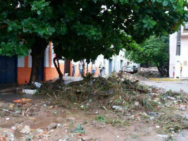 Prefeitura acredita que limpeza e reestruturação da cidade seja concluída em uma semana (Foto: Divulgação/Bombeiros)