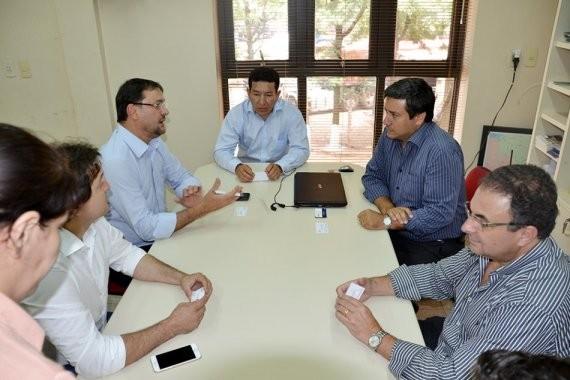 Presidente da Fiems, Sérgio Longen, durante reunião sobre programa (Foto: Divulgação - Fiems)