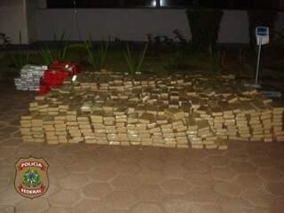Ao longo de sete meses de investigação, polícia apreendeu 49 toneladas de maconha (Foto: Divulgação/PF)
