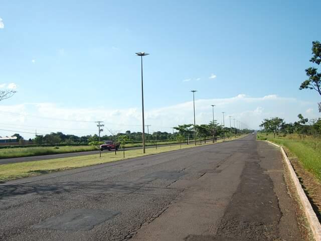 Sem nome e lugar divulgado, incorporadora confirma o investimento, de R$ 60 milhões, na saída para São Paulo. (Foto: Marlon Ganassin)