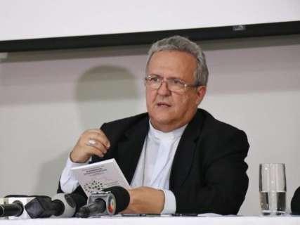 Para Igreja não cabe oposição e nem apoio ao governo, diz Dom Dimas