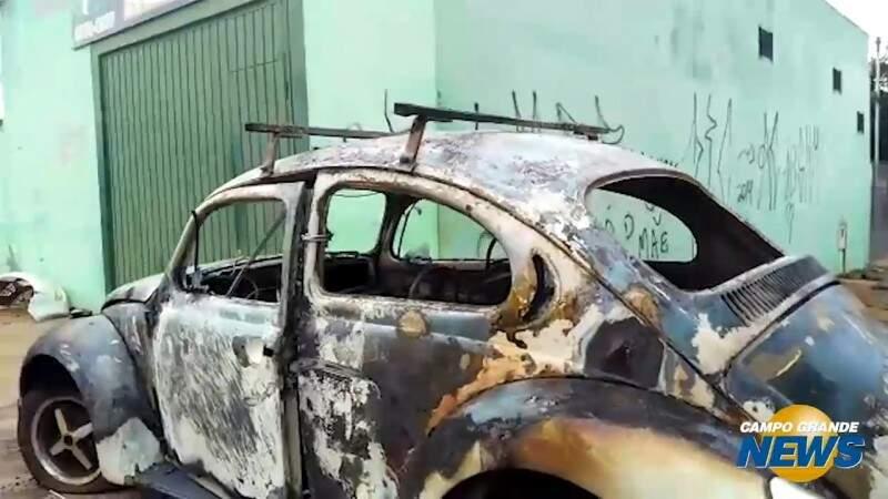 Incêndio em Fusca pode ter sido criminoso, diz proprietário