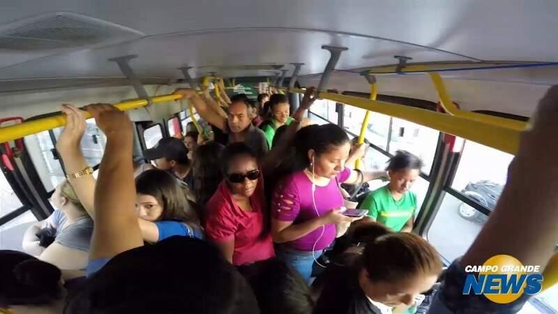 Tarifa de ônibus sobe amanhã; valor continua indefinido