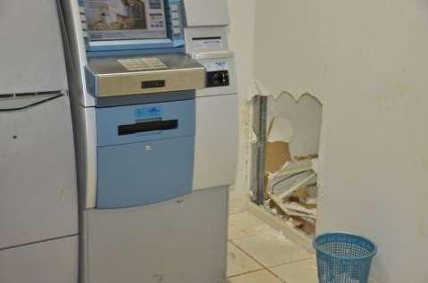 Polícia investiga se documentação da prefeitura foi levada durante roubo