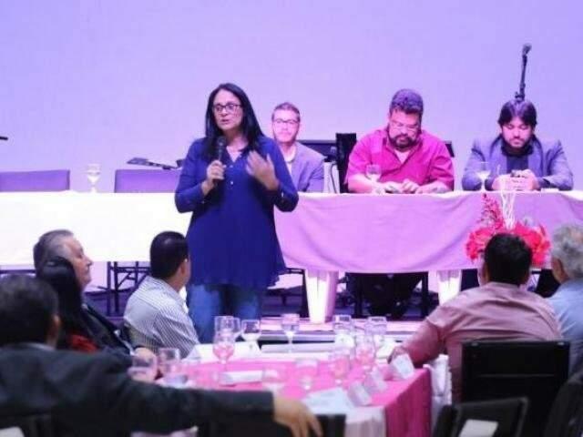 Damares durante palestra polêmica na Capital e que ganhou projeção nacional. (Foto: Arquivo)