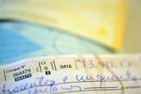 Juro do cheque especial vai a 324,9% e do cartão de crédito atinge 480,3%