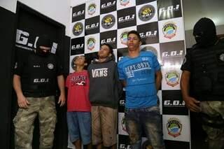 Os três presos por esquartejar Fernando (Foto: Marcos Ermínio)