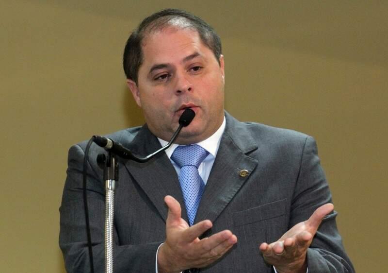 Mario Cesar disse que Bernal enviou ontem os dois projetos corretivos (Foto: arquivo)