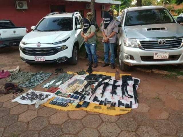Presos com armas em Pedro Juan Caballero; grupos de Minotauro e Pavão estão em guerra (Foto: Última Hora)