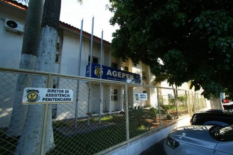 Equipes do Gaeco foram à Agepen nesta sexta-feira. (Foto: André Bittar)
