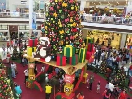 Consumidor deve gastar até R$ 200 com presentes neste Natal, segundo pesquisa