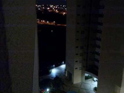 Falta de iluminação na praça das Águas aumenta insegurança na região