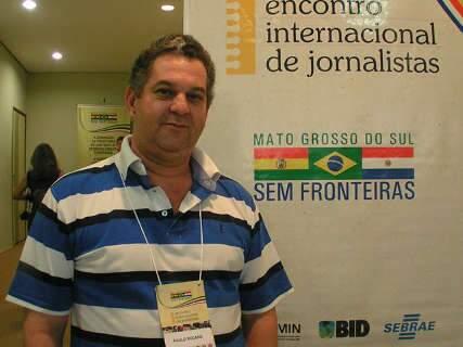 Morto a tiros, jornalista Paulo Rocaro é sepultado em Ponta Porã