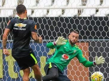 Dudu e Weverton durante treino (Foto: Reprodução/ Site CBF)