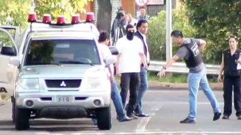 Pela primeira vez, vítimas ficam frente a frente com policial