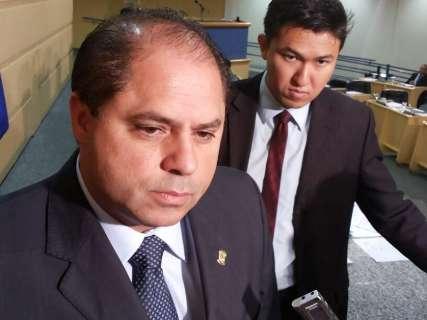 Briga na Justiça aumenta curiosidade sobre legalidade de atos, analisa Mario