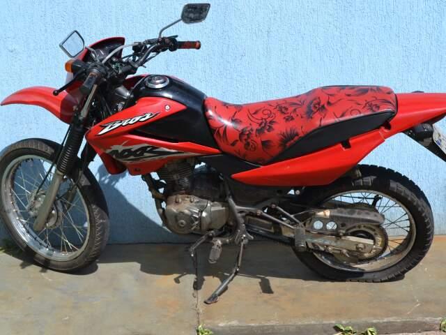 Rayane estava saindo da escola quando foi atingida pela moto Honda Broz, conduzida por Magno. (Foto: Fernando da Mata)