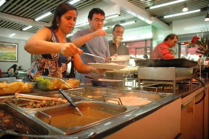 no Brasil, média de refeição fora de casa foi de R$ 22,37. (Foto: Minamar Júnior)