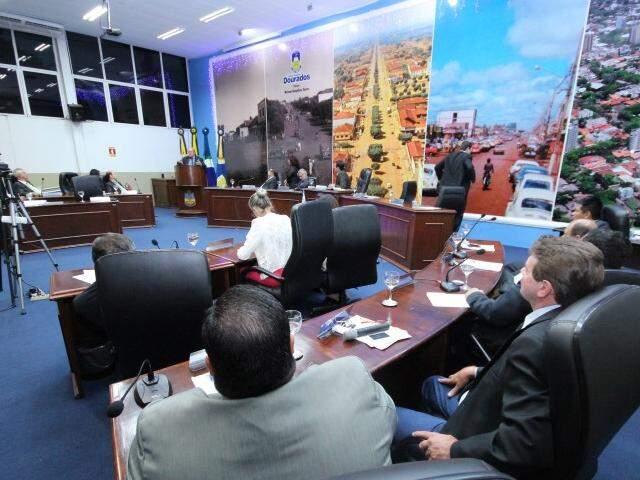 Câmara de Dourados faz última sessão do ano hoje à tarde (Foto: Thiago Morais/Divulgação)
