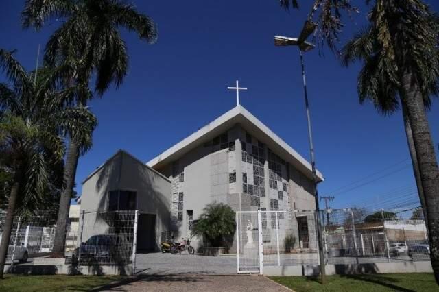 Primeira igreja de Campo Grande, construída entre 1876 e 1878, originalmente apenas uma capela de pau-a-pique, a pedido do fundador de Campo Grande, José Antônio Pereira (Foto: Fernando Antunes/Arquivo)