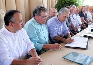 Governo do Estado assinou compromisso com o meio-ambiente (Foto: Divulgação)