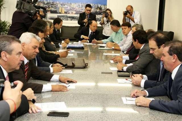 Deputados mediaram impasses entre poder público e sociedade civil