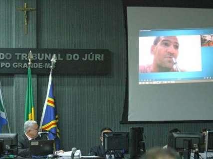 Com consulta agendada, defesa pede escolta para trazer serial killer à Capital