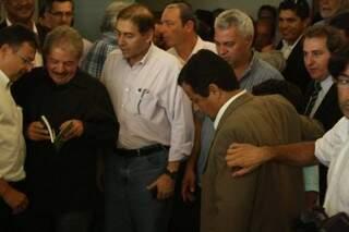 Bernal assedia Lula após ser obrigado a descer pelo elevador sem ser recebido (Foto: Marcos Ermínio)