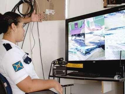 Por segurança, escolas públicas ganham videomonitoramento 24 horas