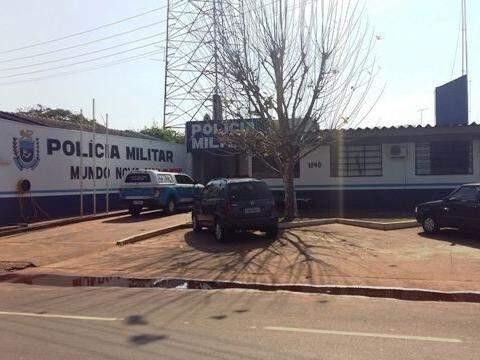 O homem segue preso na Cadeia Pública de Mundo Novo. (Foto: Divulgação PM)