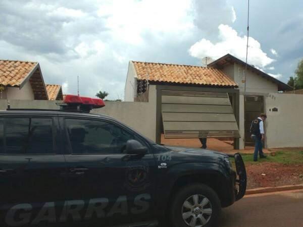 Crime aconteceu em residência no bairro Jardim Seminário. (Foto: Yarima Mechi)