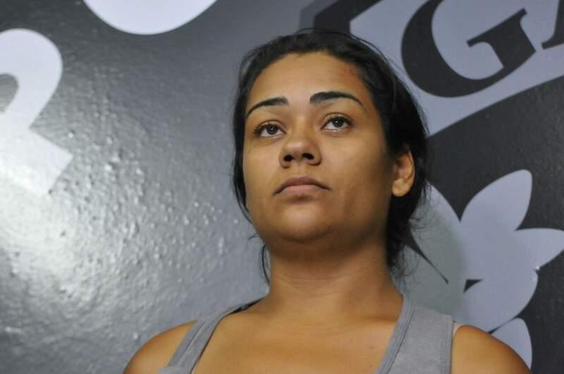 Kátia de Almeida Rocha, dona de casa de 24 anos, seria a pivô do crime, segundo a polícia. (Foto: Alcides Neto)