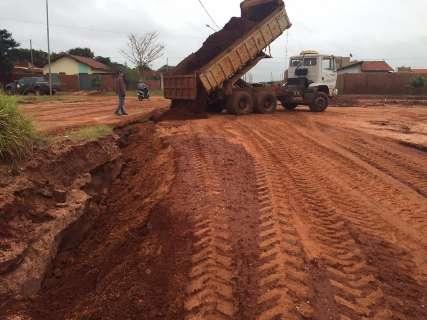 Prefeitura faz reparos em bairros atingidos pelas chuvas do fim de semana