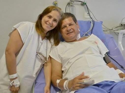 Nídia doou um rim para o marido Lino Omar. A cirurgia foi feita dia 10 de janeiro. (Foto: Divulgação)