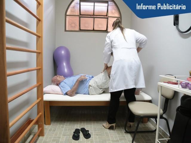 Nas sala de apoio multidisciplinar, os idosos recebem atendimento. (Foto: Fernando Antunes)