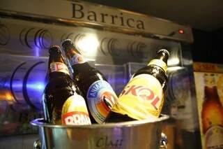 Todos os dias, em qualquer horário, cervejas Antarctica, Brahma e Skol saem por R$ 5,99.