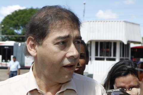Crise é resultado de vice querer cargo de prefeito, avalia Alcides Bernal