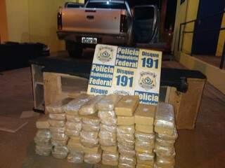 Droga estava escondida em caixas de som da caminhonete. Foto: Divulgação